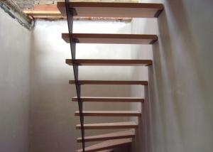 schody_2-300x214